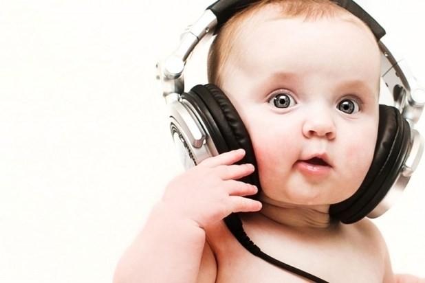 Nhạc thiếu nhi cho bé - lợi ích và lưu ý bố mẹ nên biết