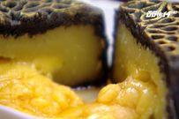 Bánh trung thu nhân trứng muối tan chảy