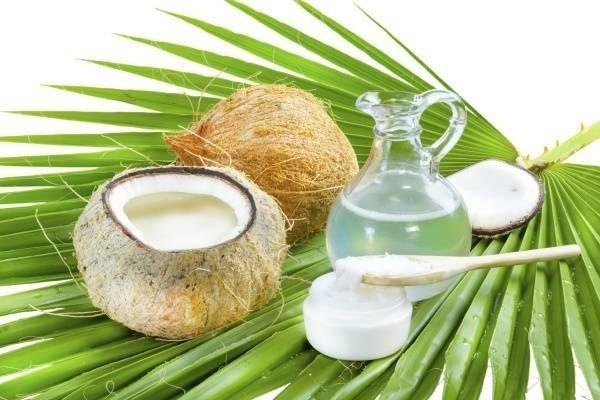 Hướng dẫn 2 cách làm dầu dừa đơn giản tại nhà: Đun và ép lạnh
