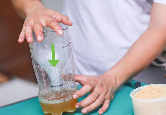 bẫy ruồi bằng chai nhựa
