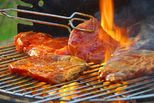 Liệt kê 5 loại thực phẩm dễ gây ngộ độc cho trẻ trong ngày Tết mẹ cần lưu ý